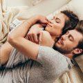 病気の看病をしてもらっているとき男性は幸せを感じる