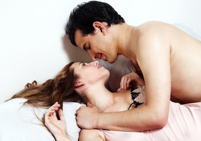 『アダムタッチ』はアダム徳永が推奨する、スローセックスの根幹をなす全身愛撫法