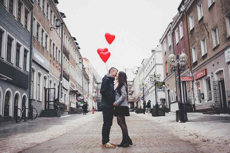 O型女性は「ロマンチストな情熱家」